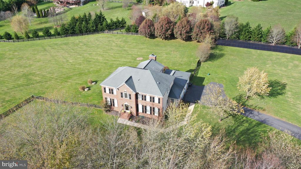 Aerial in Fall - 37894 ST FRANCIS CT, PURCELLVILLE