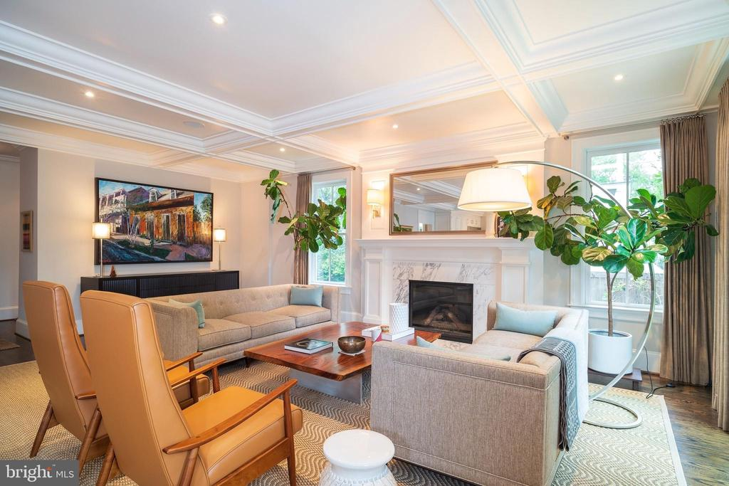Family Room - 6303 BROAD BRANCH RD, CHEVY CHASE
