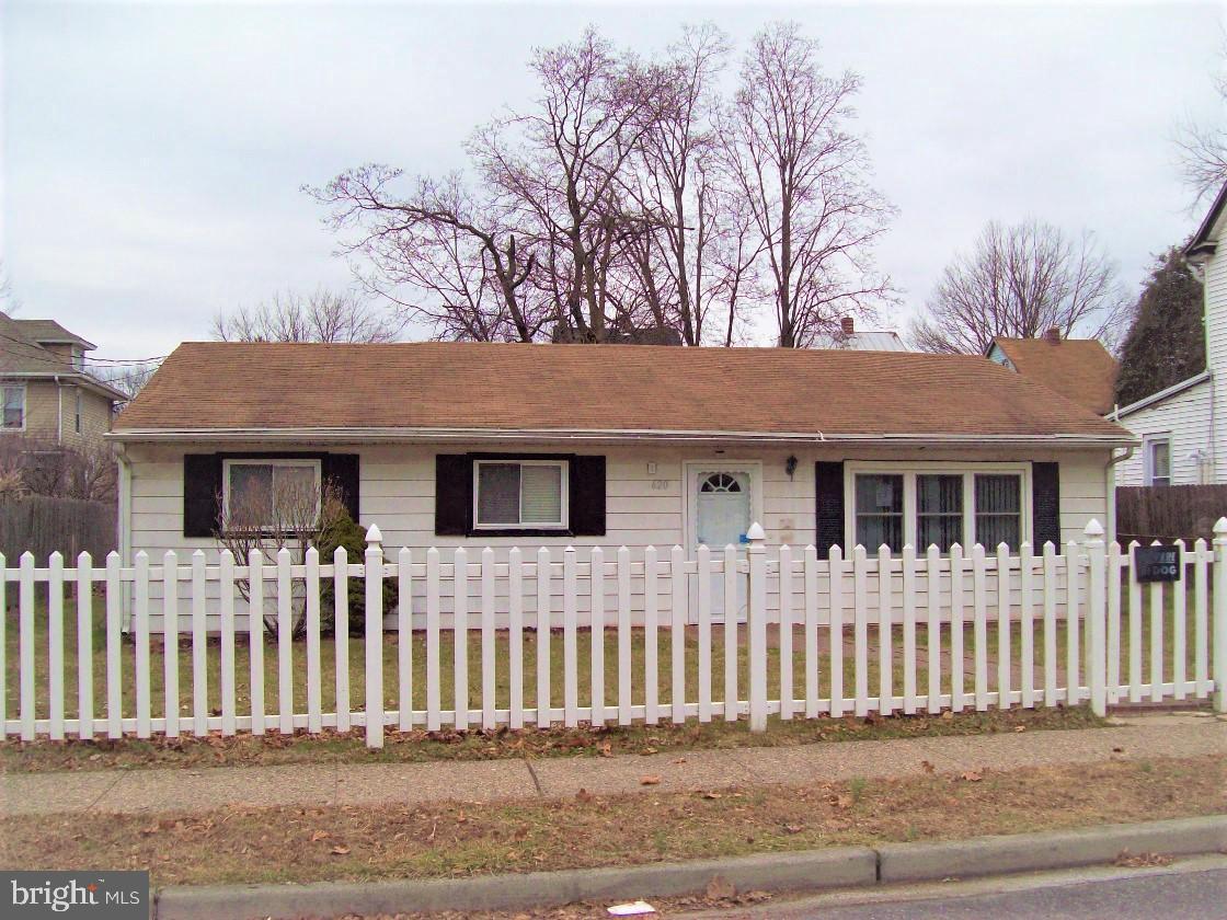 Property для того Продажа на Beverly, Нью-Джерси 08010 Соединенные Штаты