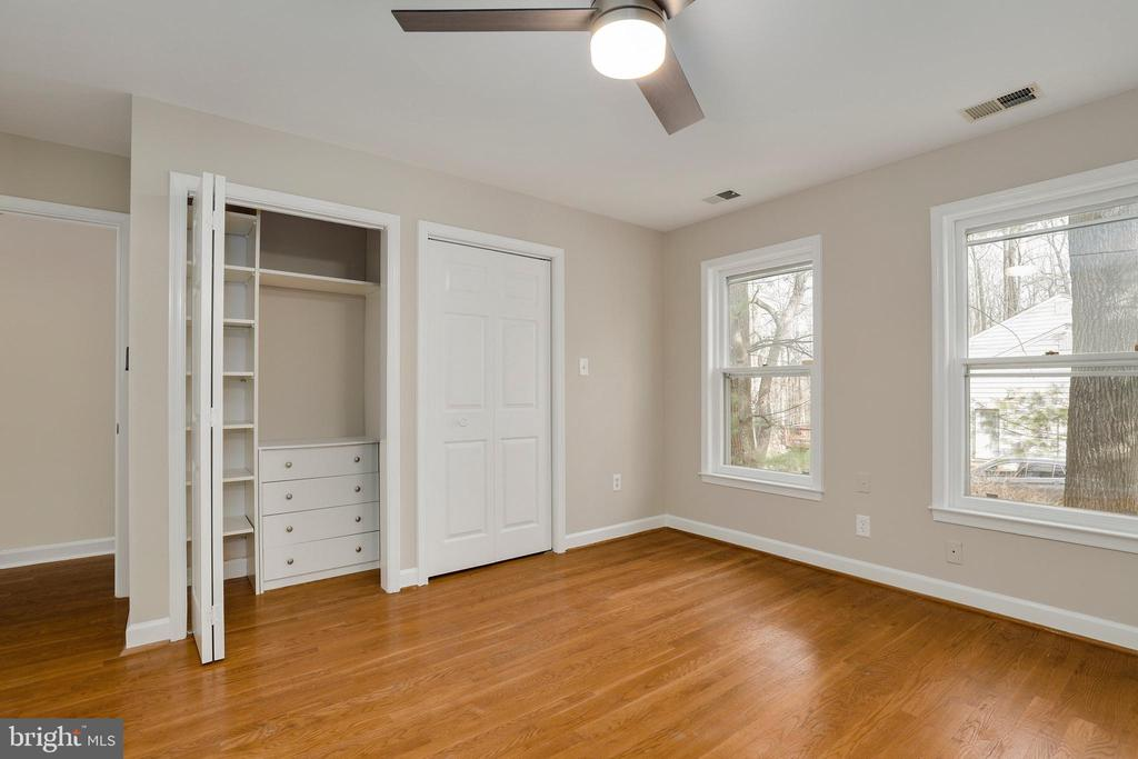 Fourth Bedroom - 7810 WARFIELD RD, GAITHERSBURG