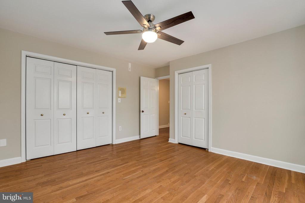 Second  bedroom - 7810 WARFIELD RD, GAITHERSBURG