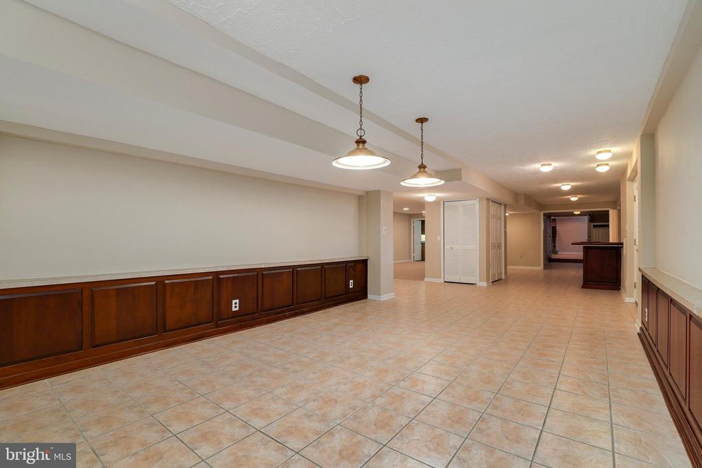Billiard room (basement) - 7810 WARFIELD RD, GAITHERSBURG