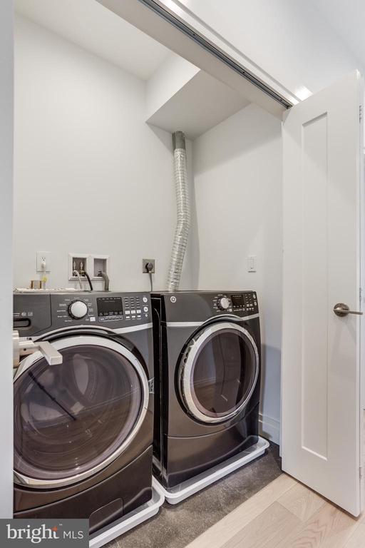 Washer/dryer on top floor. - 2951 FORT BAKER DR SE, WASHINGTON