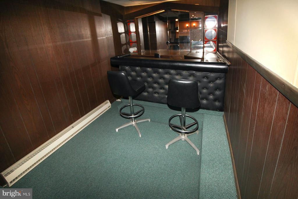 basement bar area - 909 WEST KING, MARTINSBURG
