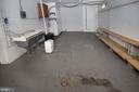 laundry and storage area or shop - 909 WEST KING, MARTINSBURG