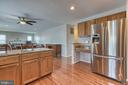 Very nice kitchen and super clean! - 4 MARKHAM WAY, STAFFORD