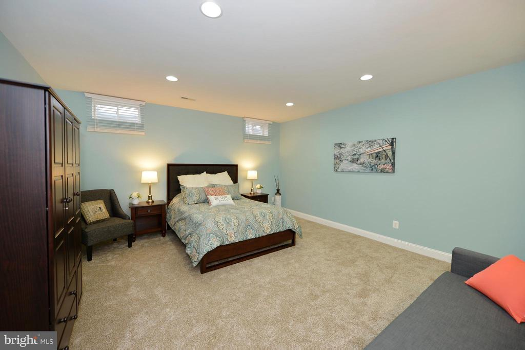 Bonus Room/Fifth Bedroom - 36335 SILCOTT MEADOW PL, PURCELLVILLE