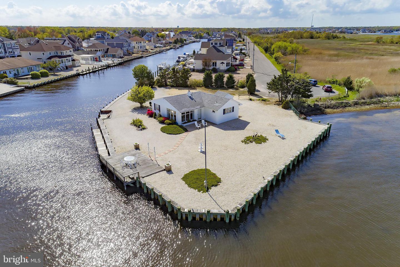 Single Family Homes per Vendita alle ore Lanoka Harbor, New Jersey 08734 Stati Uniti