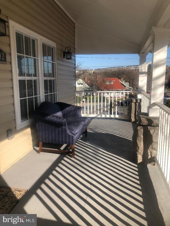 Front Porch - 3002 FRANKLIN ST NE, WASHINGTON