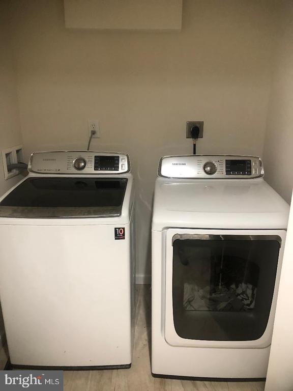Washer and Dryer - 3002 FRANKLIN ST NE, WASHINGTON