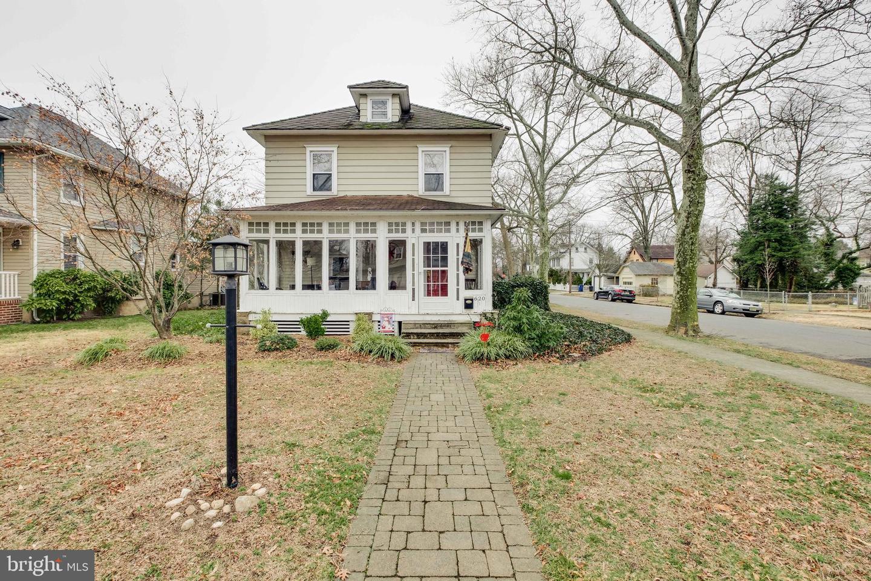 Single Family Homes للـ Sale في Riverton, New Jersey 08077 United States