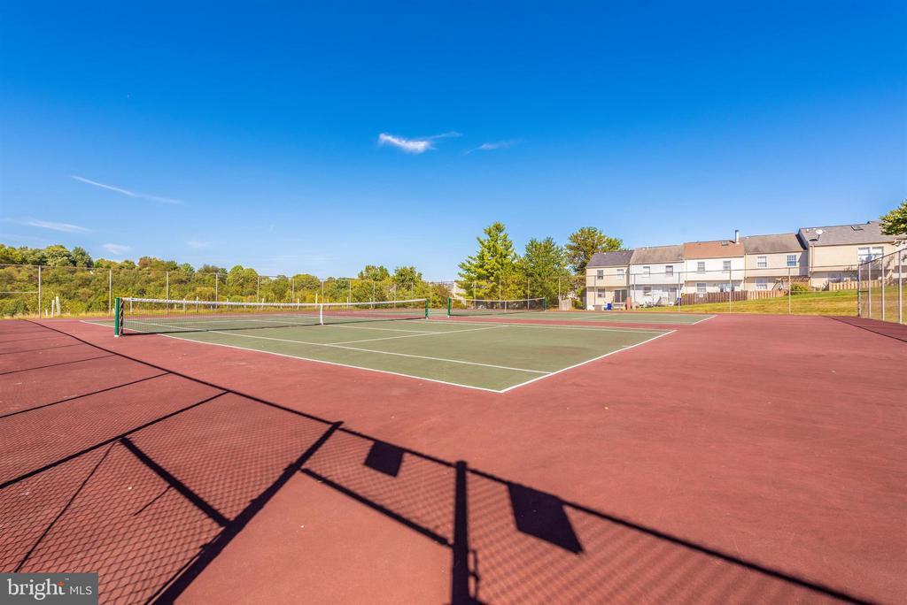 Community Tennis Court - 10649 FINN DR, NEW MARKET