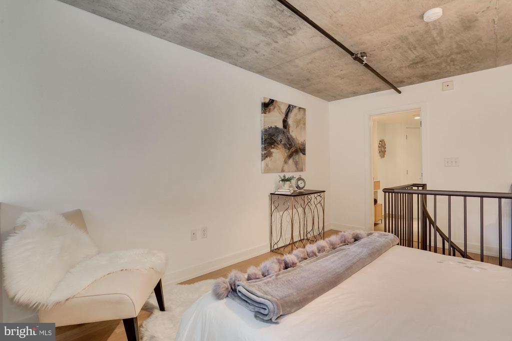 Sleeping loft looking toward the bathroom - 1515 15TH ST NW #206, WASHINGTON
