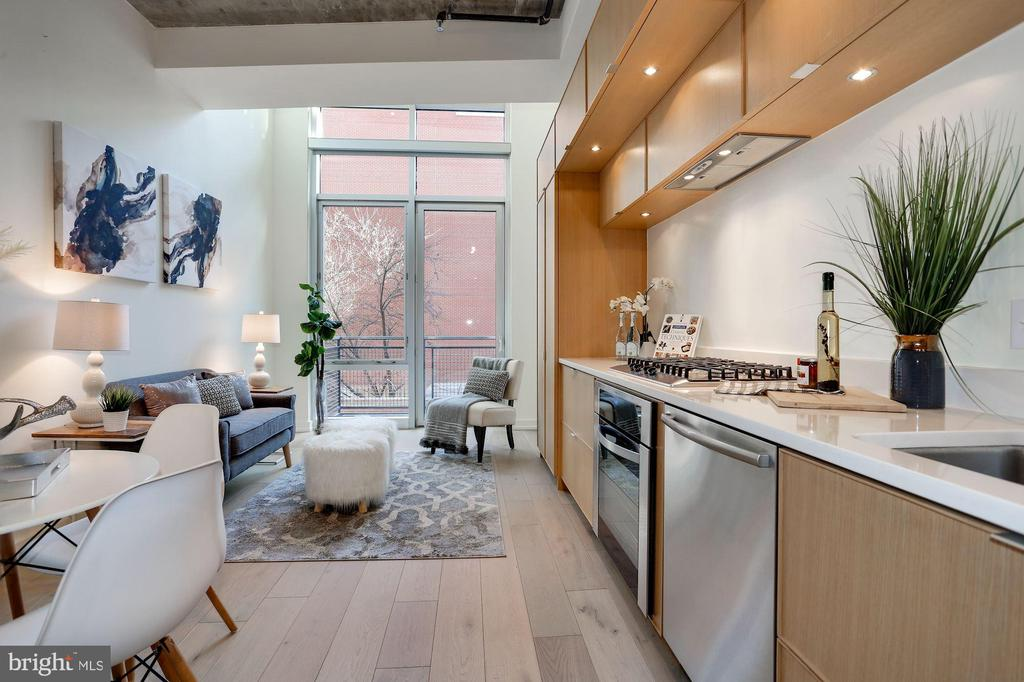 Overall view of the main living area - 1515 15TH ST NW #206, WASHINGTON