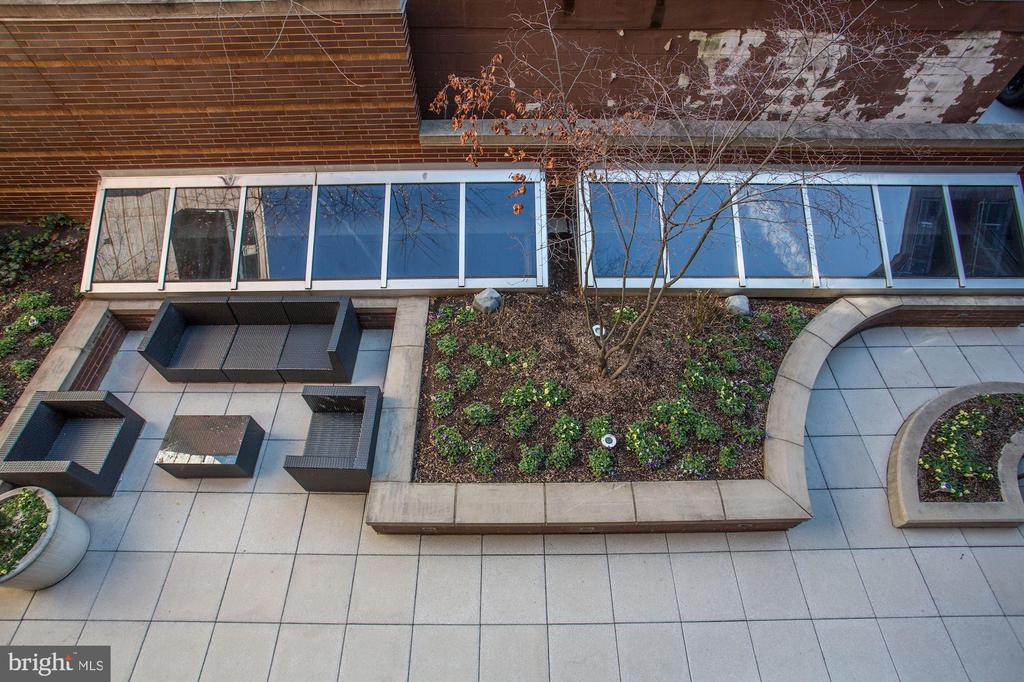 View down from your balcony - 1515 15TH ST NW #206, WASHINGTON