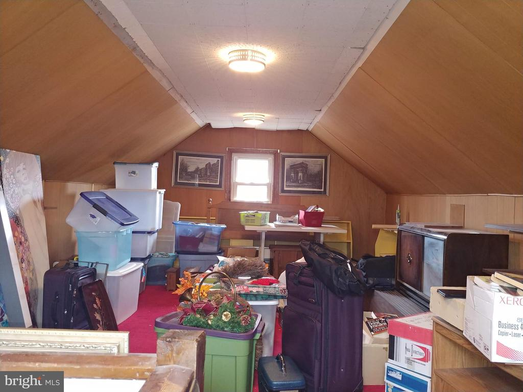 Large 4th level attic space. - 4025 20TH ST NE, WASHINGTON