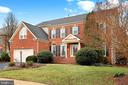 Brick front & Beautifully Landscaped - 47747 BRAWNER PL, STERLING