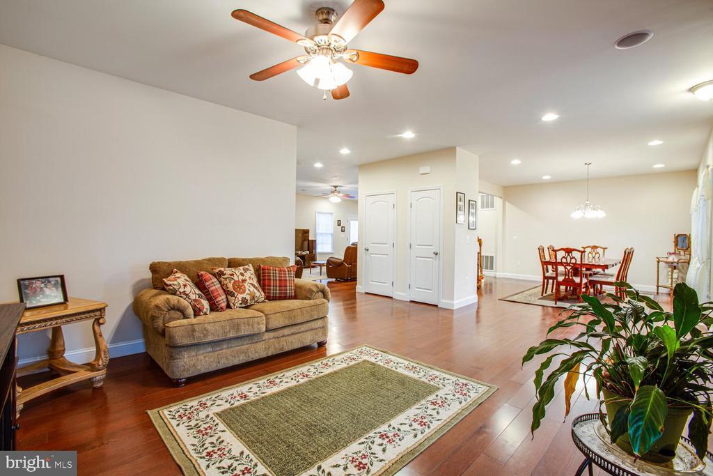 Formal living room - 2252 PARTLOW RD, BEAVERDAM