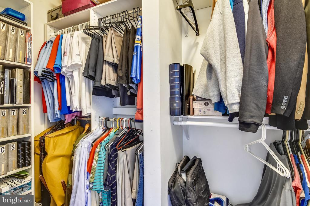 Walk-in Closet in Master Bedroom - 11775 STRATFORD HOUSE PL #303, RESTON