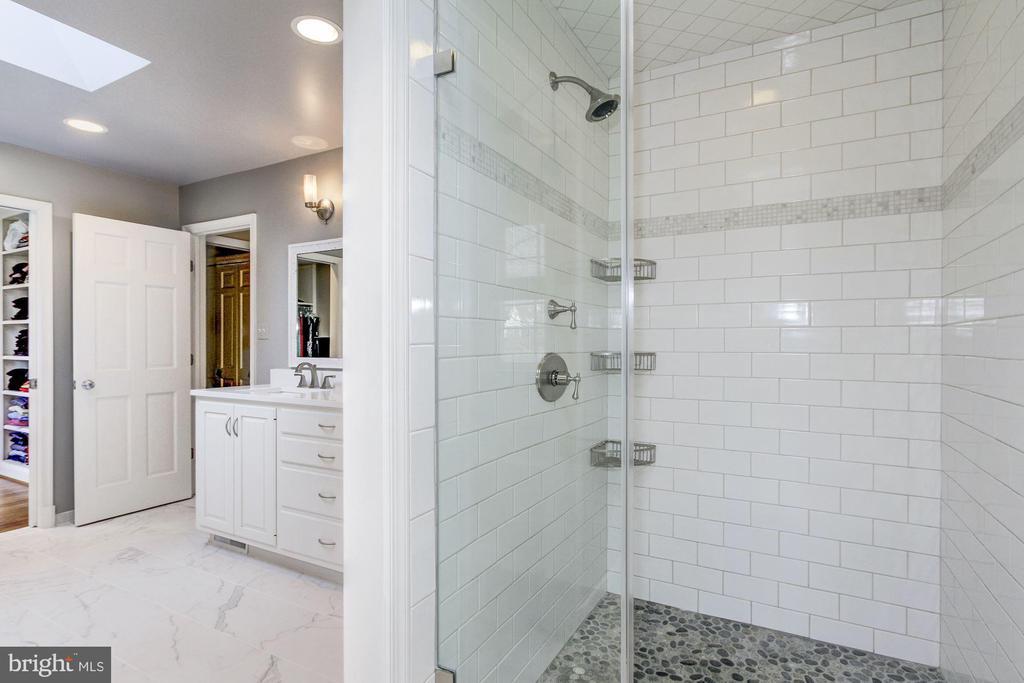 Custom shower in pristine master bathroom. - 6951 GREENTREE RD, BETHESDA