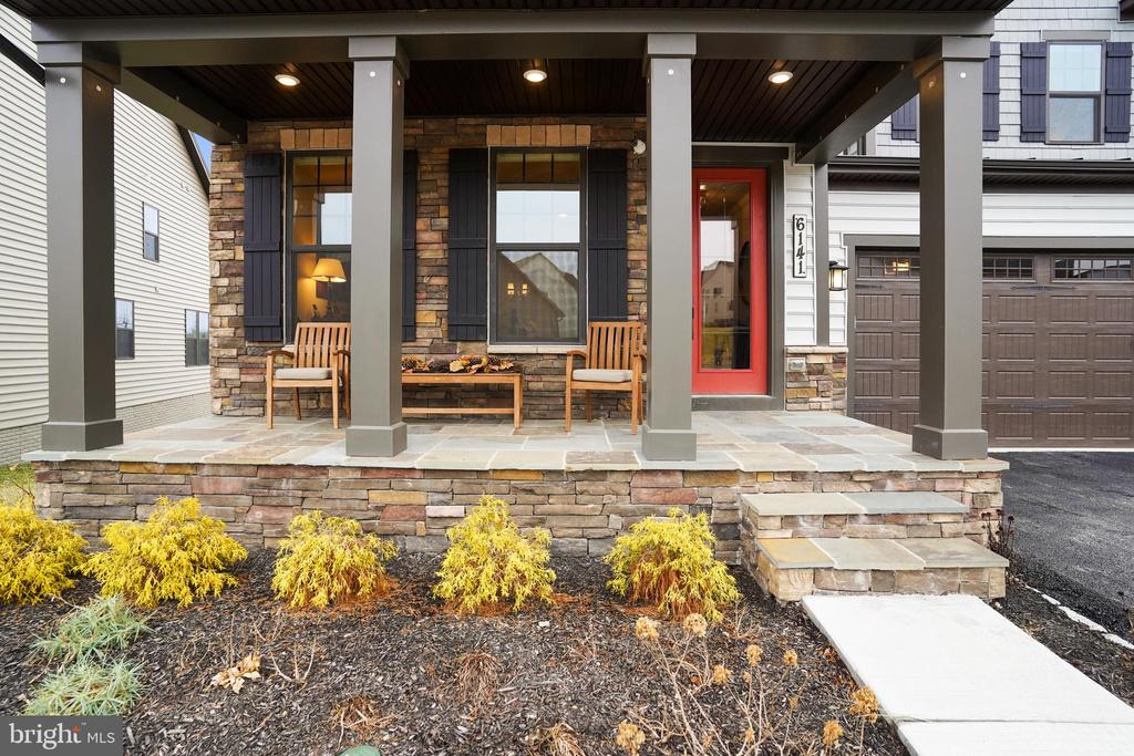 Welcome Home! - 6141 FALLFISH CT, NEW MARKET