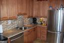 Updated Kitchen! - 5500 HOLMES RUN PKWY #1517, ALEXANDRIA