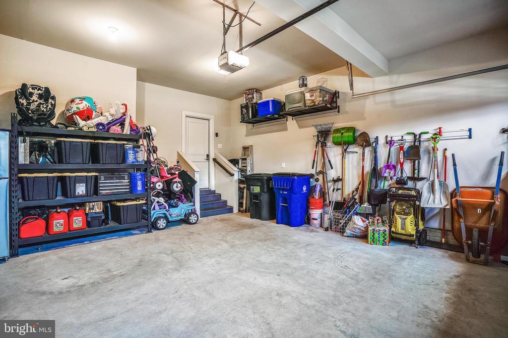 Garage Interior Finished & Built-in Shelves - 6141 FALLFISH CT, NEW MARKET