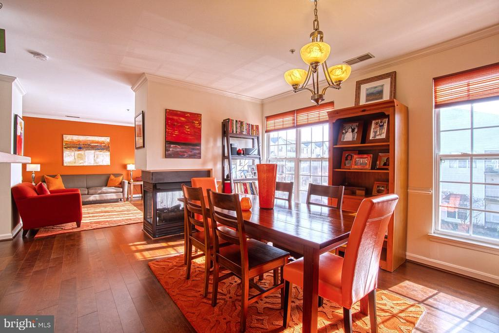 Spacious Dining Room - 13388 SPOFFORD RD #304, HERNDON