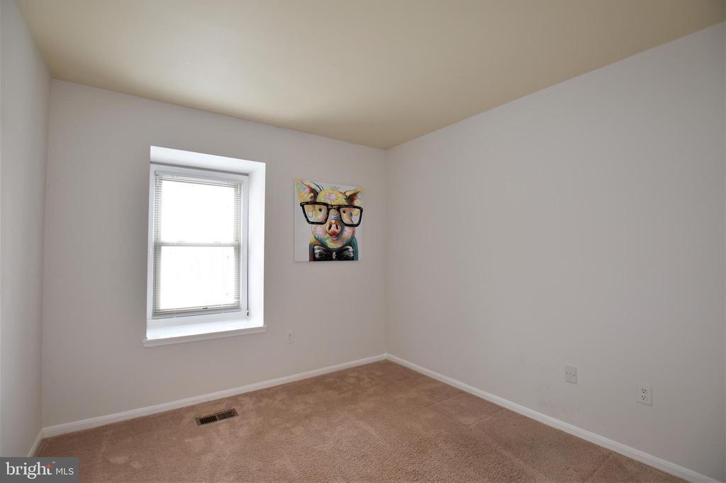Bedroom #2 - 7839 CODDLE HARBOR LN #22, POTOMAC