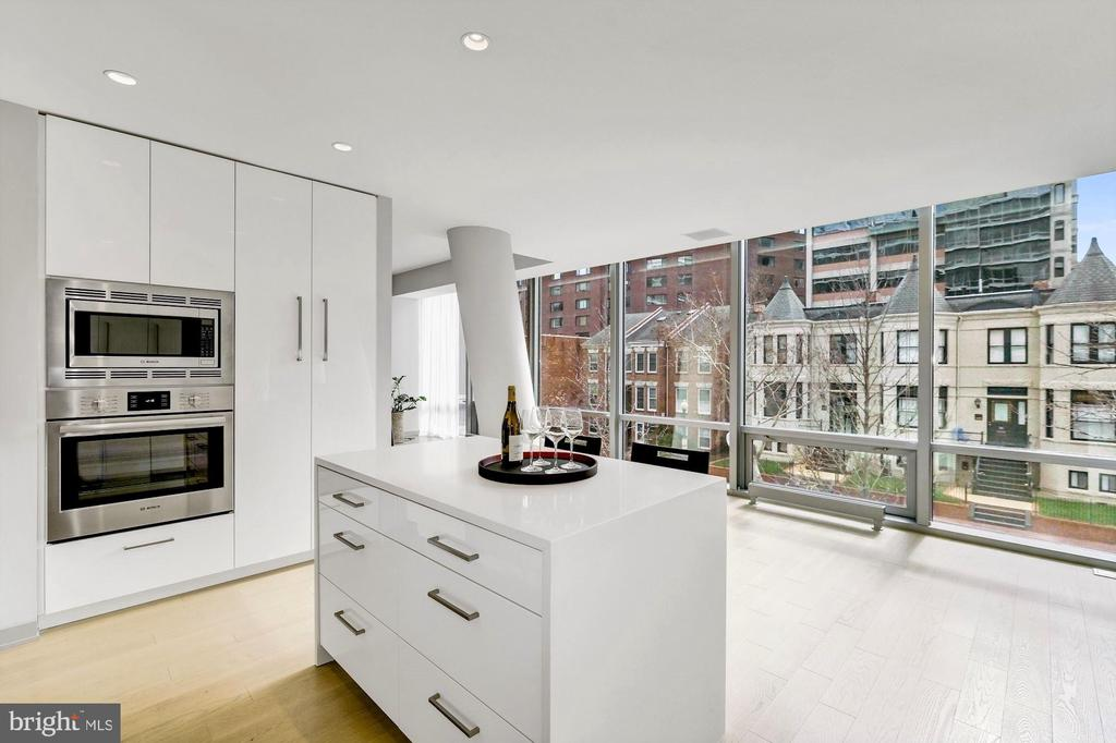 Bosch and Thermador Appliances - 1111 24TH ST NW #23, WASHINGTON