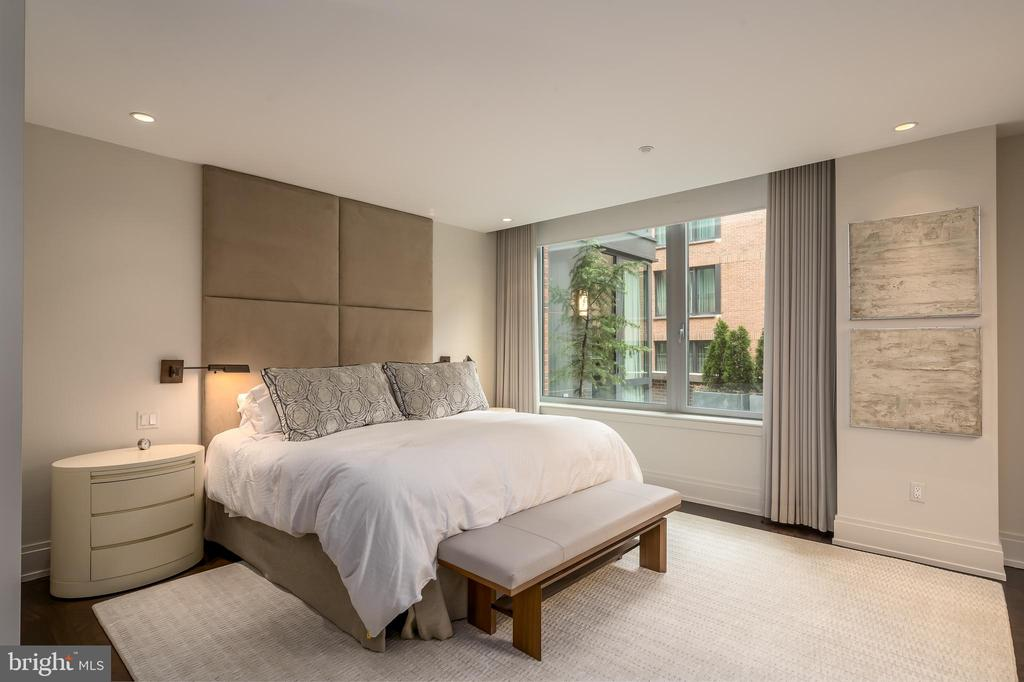 Master Suite - 3150 SOUTH ST NW #1A, WASHINGTON
