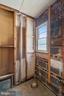 In operable half bath off foyer - 7358 SHENANDOAH AVE, ANNANDALE