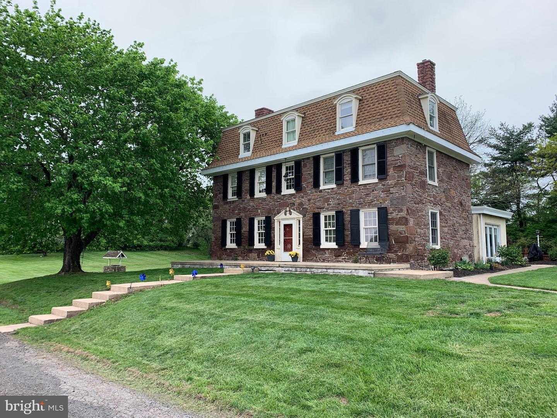 Single Family Homes için Satış at Schwenksville, Pennsylvania 19473 Amerika Birleşik Devletleri