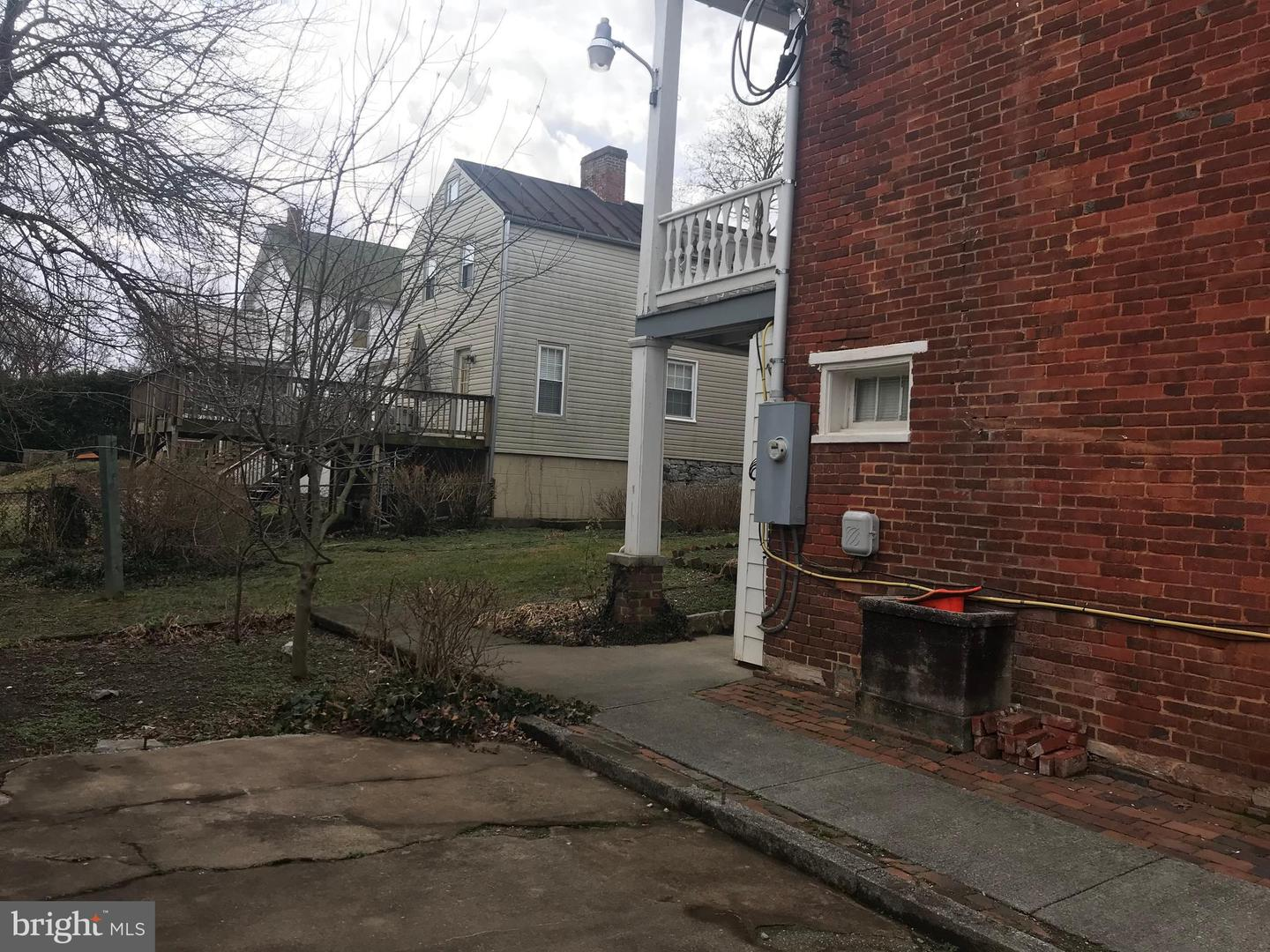 Additional photo for property listing at  Winchester, Virginia 22601 United States