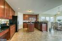 Large eat-in kitchen - 1819 COTTON TAIL DR, CULPEPER