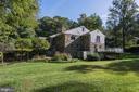 Expansive side yard - 2747 N NELSON ST, ARLINGTON