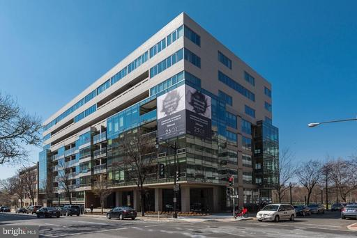 2501 M ST NW #713