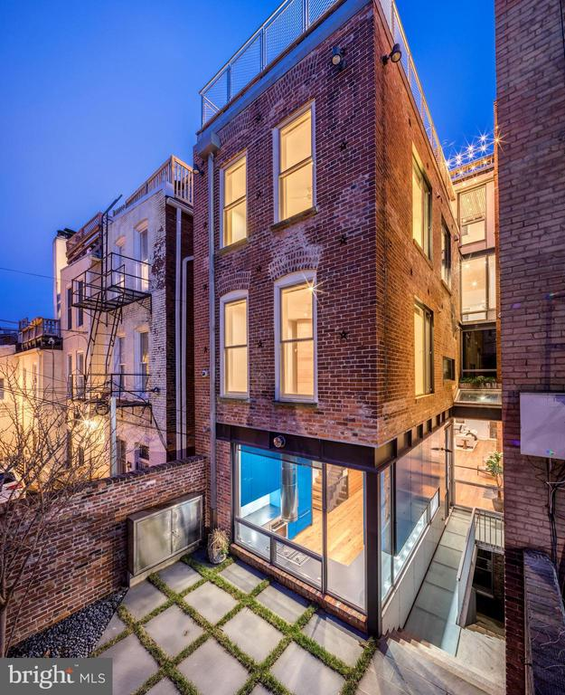 Sleek Rear House Design - 2113 S ST NW, WASHINGTON