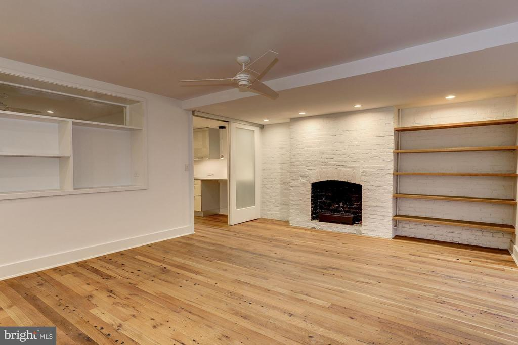 Lower Level with Gas Fireplace - 2113 S ST NW, WASHINGTON