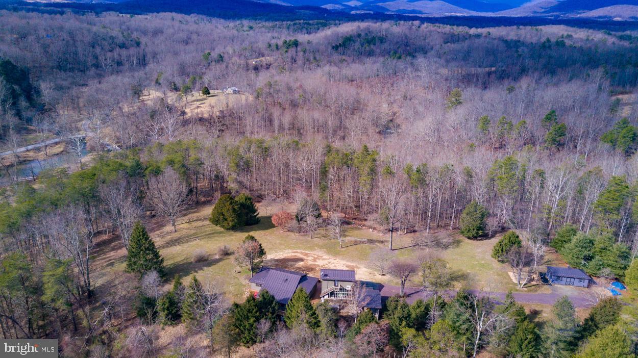 Single Family Homes 為 出售 在 Washington, 弗吉尼亞州 22747 美國