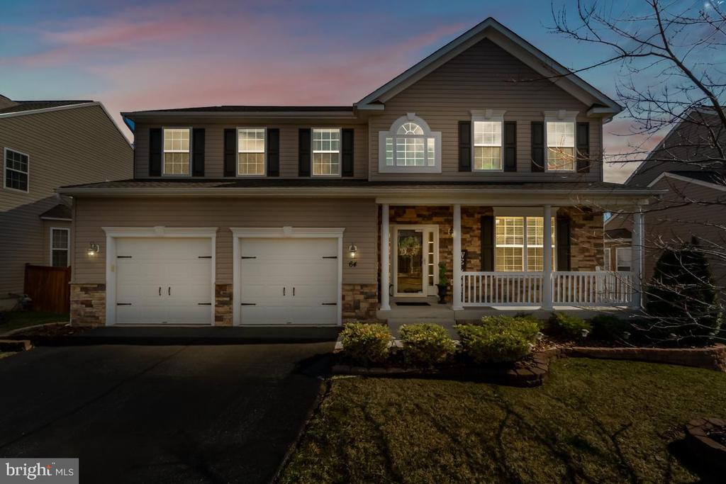 Welcome home to beautiful days and eve... - 64 SANCTUARY LN, STAFFORD