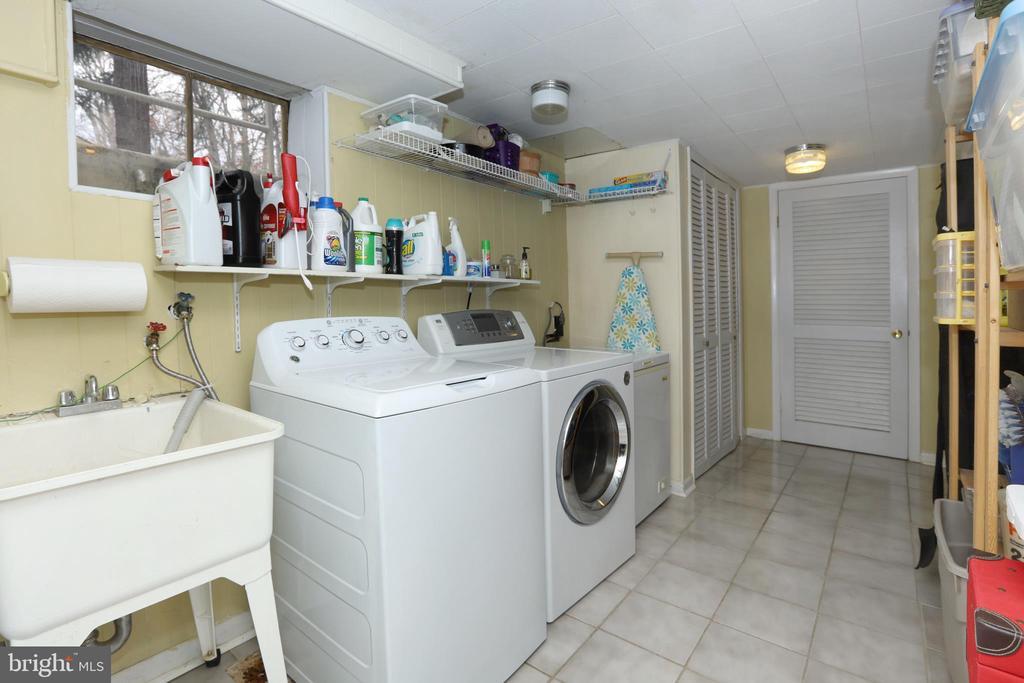 Laundry room - 9020 SOUTHWICK ST, FAIRFAX