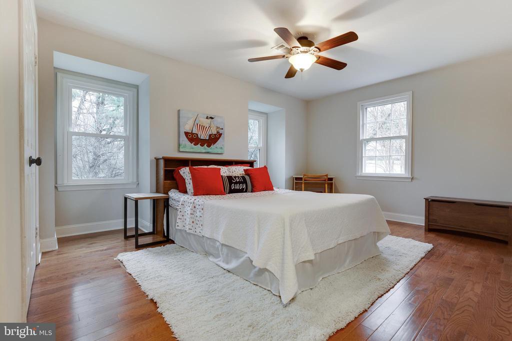 2nd Bedroom - 4003 LATHAM DR, HAYMARKET