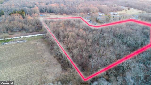 Property 为 销售 在 Newfield, 新泽西州 08344 美国