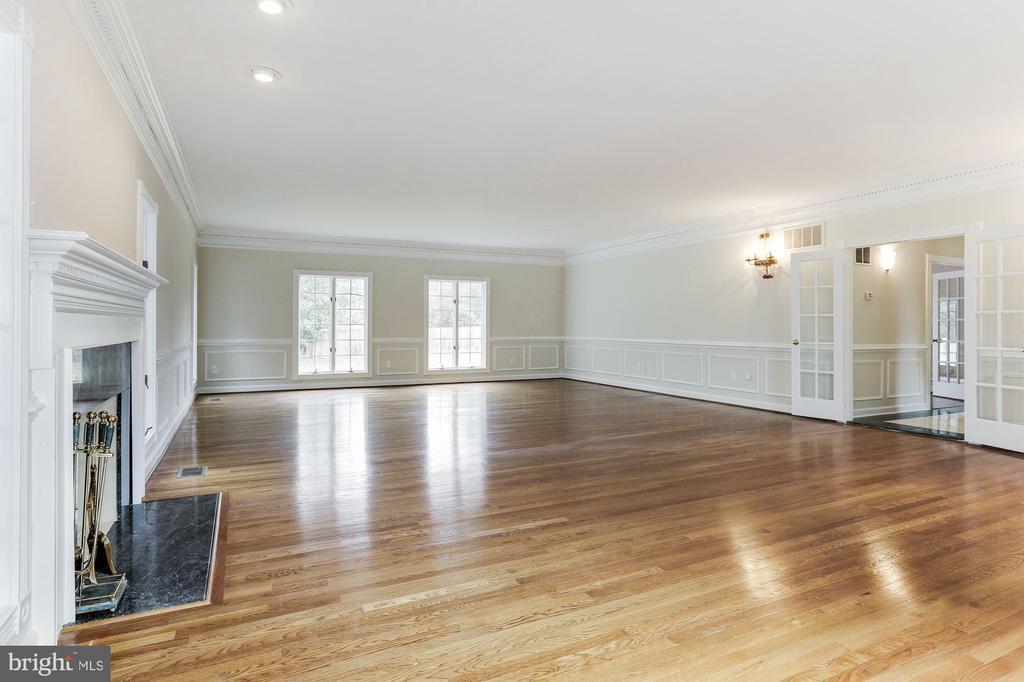 Great Room - 7812 SWINKS MILL CT, MCLEAN