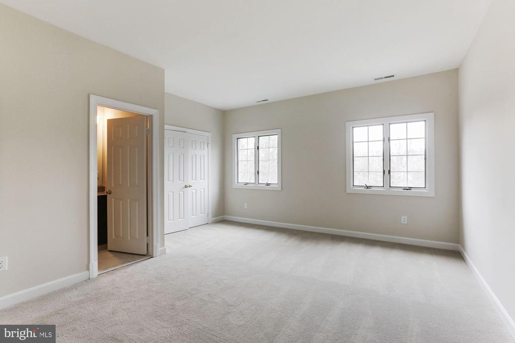 Third Bedroom - 7812 SWINKS MILL CT, MCLEAN
