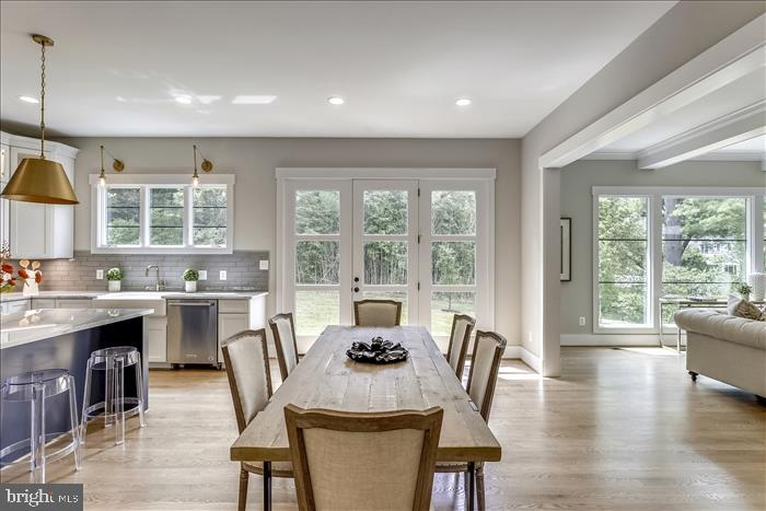 Builder's previously completed home - Breakfast - 2103 GREENWICH ST, FALLS CHURCH
