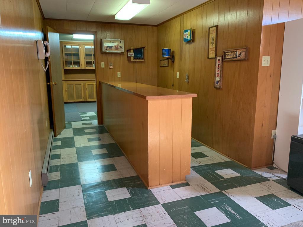 Basement bar area - 215 BROAD ST, MIDDLETOWN