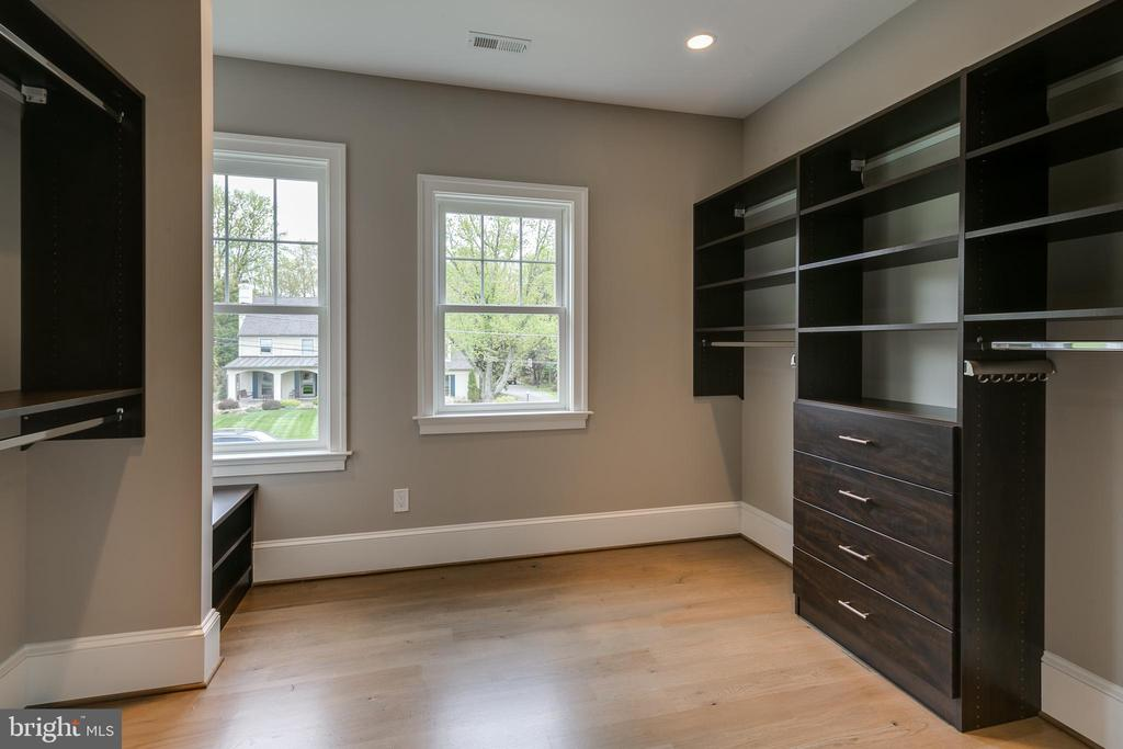 They could pass for rooms... - 11134 STEPHALEE LN, NORTH BETHESDA