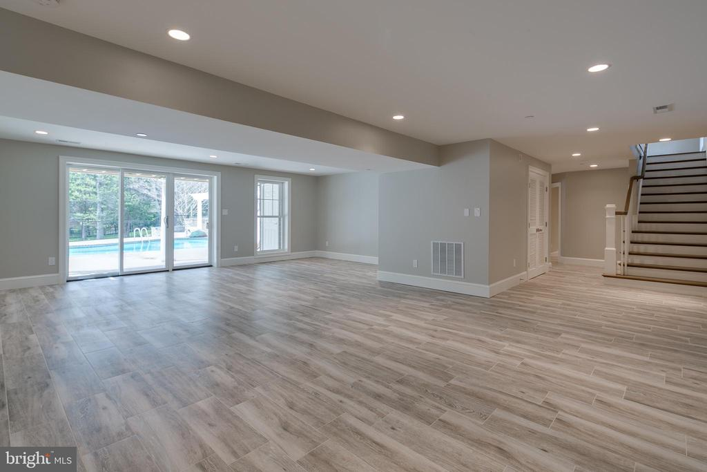 With walk-out access to the backyard... - 11134 STEPHALEE LN, NORTH BETHESDA